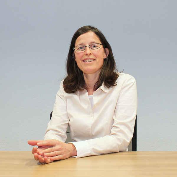 Dr. Katharina Isele